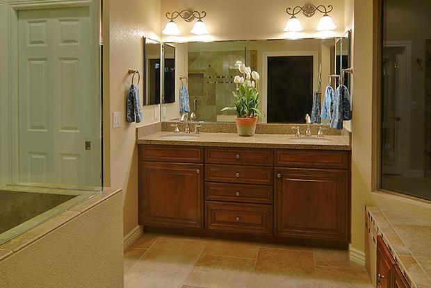 Bathroom remodeling phoenix for Bath remodel phoenix