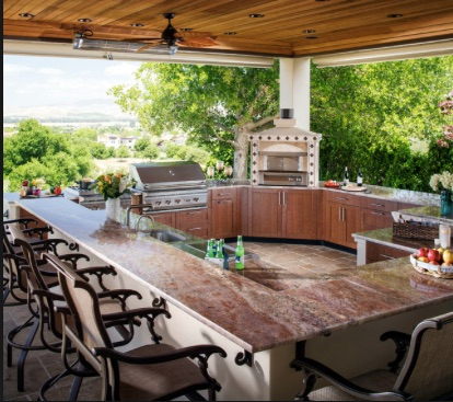 Outdoor Kitchen Design and Innovations